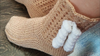#носкиспицами Носки🧦/ комнатные сапожки 🥾спицами и крючком.