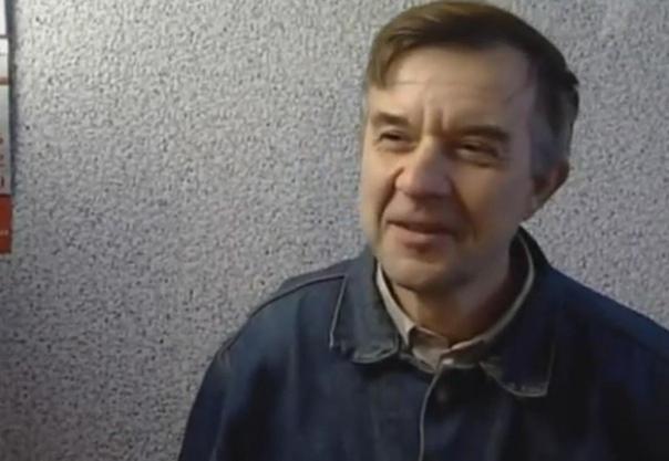 История скопинского маньяка, который удерживал двух заложниц 3,5 года, потрясла всю Россию Виктору Мохову назначили 17 лет колонии строго режима. В следующем году он выходит на свободу.Этому не