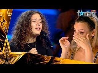 Esta niña se lleva el Pase de Oro CANTANDO el PADRE NUESTRO | Audiciones 5 | Got Talent España 2021