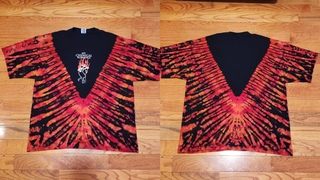 Flaming V Reverse Tie Dye an old My Chemical Romance shirt - (V Pattern) - How to Reverse Tie dye