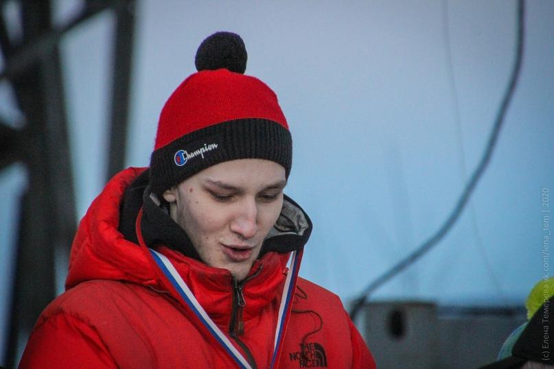 Главные отечественные ледолазные старты сезона финишировали в городе Кирове в минувшие выходные – чемпионат и первенство России по альпинизму. Всем было что доказывать и что терять…, изображение №101