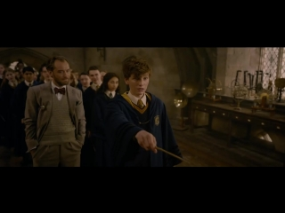 FANTASTIC BEASTS_ THE CRIMES OF GRINDELWALD  Back To Hogwarts Featurette