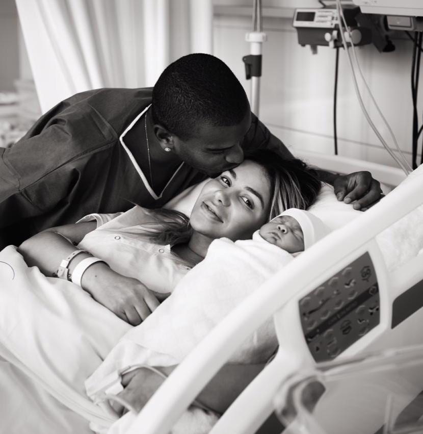 У Фернандо родилась дочка!