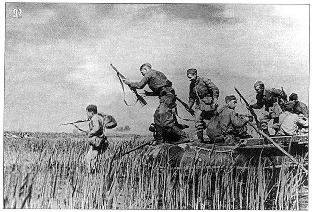 В станице Крымской впервые на Кавказе противник в массовом масштабе применил траншеи, образовавшие две, а местами три линии обороны., изображение №2