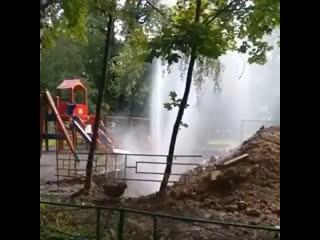 Необычный фонтан в Химках