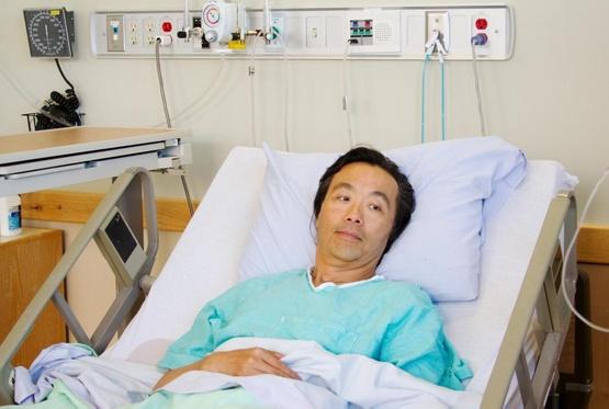 Иногда требуется стационарное лечение, чтобы изолировать пациентов, которые временно стали радиоактивными в результате лечения ядерной медициной.