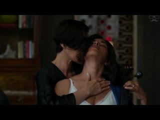Jessica Jones _ Kiss Scene (Carrie-Anne Moss and Sarita Choudhury)