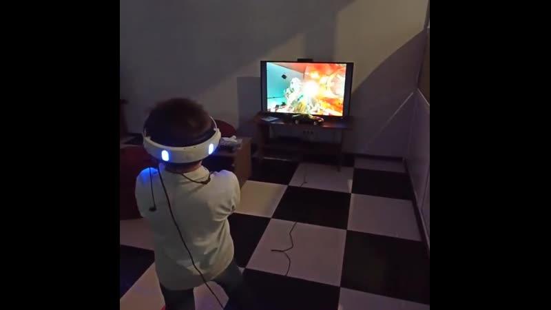 Виртуальная реальность в игровом зале На игре