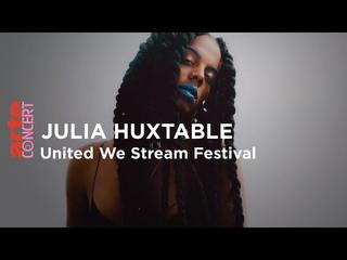 Juliana Huxtable  Flughafen Tempelhof Berlin - United We Stream Festival