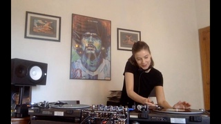Anfisa Letyago home session w/Triangle