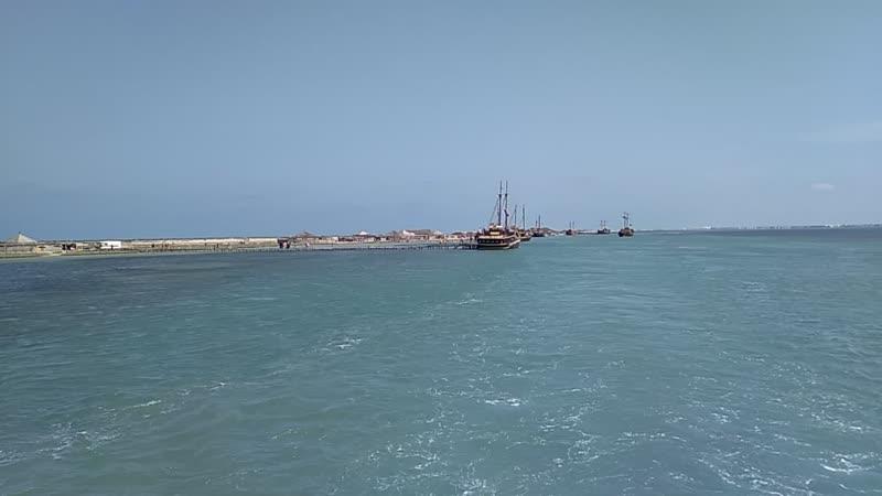 Тунис, морская прогулка на необитаемый остров