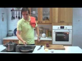 Говяжий стейк миньон с горчично-чесночным соусом и гречкой