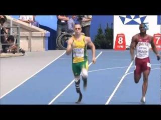 Чемпионат Мира 2011 Тэгу. 400 метров мужчины, пред. забеги. Оскар Писториус паралимпиец-инвалид без ног пробежал дистанцию за  секунды