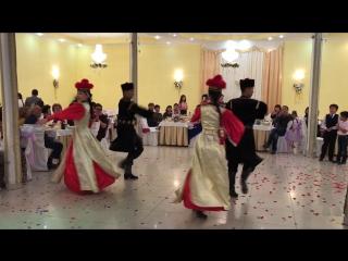 "Калмыцкий танец ""ШАРКА-БАРКА"""