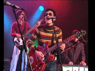 LOS GRANADIANS - PEACH GREEN REGGAE (Ohnuki Jun on Bass+Vocals)2002 radio 3