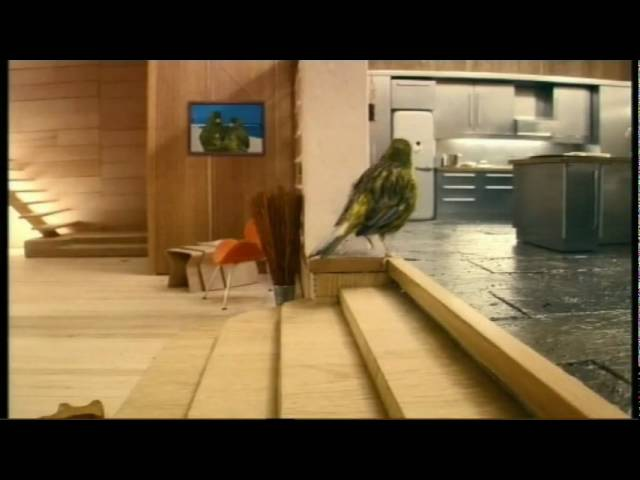 Robinsons Be Natural Bird House advert 2009 - bird getting home