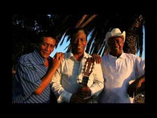 7 Merengue Típico de Ramon Cordero - con El Negrito Figueroa tocando el acordeon