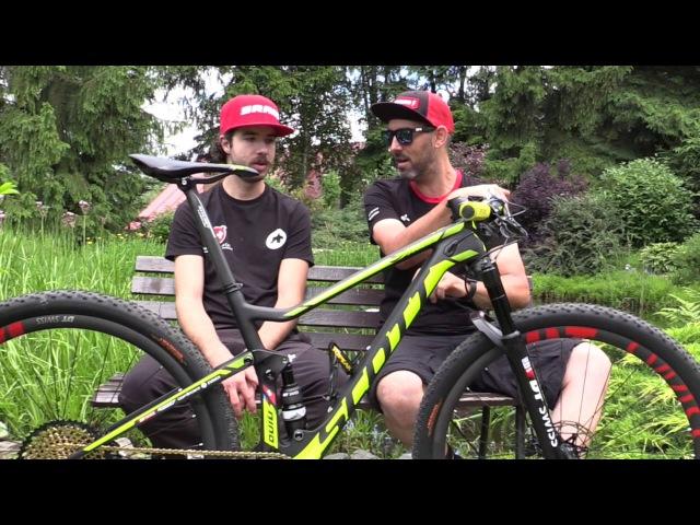 Nino Schurters Weltmeisterschafts Racebike mit Yanick the Mechanik