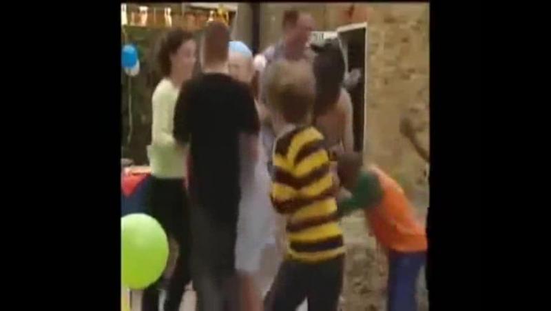 Tracy Beaker's mad birthday party