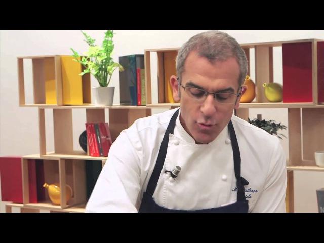 Pasta all'amatriciana - ricetta di Max Mariola