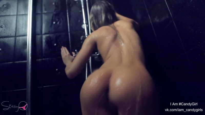 Naked Nude French Girls In Gym Shower Spy Cam