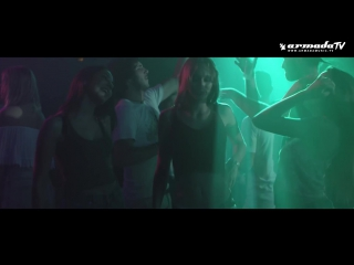 Juicy m  luka caro feat. enrique dragon - obey (official video)