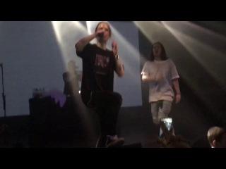 PHARAOH - MM + прижок в толпу (Saint Petersburg live, Космонавт, 05/05/17)