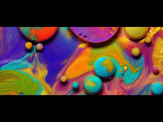 COLORS – Experimental Video by Thomas Blanchard Using Colorful Liquids