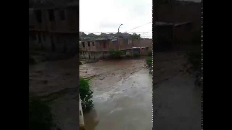 18 03 2017 EMERGENCIA EN PERU Piden auxilio en vivo desde El Porvenir Trujillo