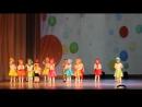 Танец горошинок на сцене Ломоносовского ДК 25.12.2016