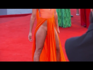 (embarrassing moment) italian models wardrobe malfunctions at venice film festival