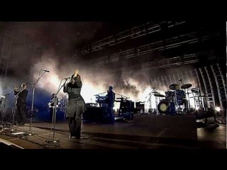Massive Attack - 3 Song Set From Wireless Festival 2006