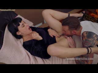 Olive Glass [HD 720, femaleworship, femdom, cunilingus, XXX, facesitting, pussy licking, new porn]
