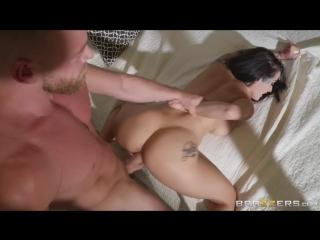 Katrina Jade (Switching Lives Pt. 2) porno