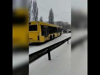 Коллапс в Киеве 14 11 18 первый снег