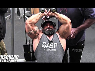 Guy Cisternino Trains Triceps For MASS At Gold's Gym With Charles Glass