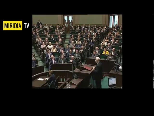 Jarosław Kaczyński satanisti vyhodili do vzduchu lietadlo z Poľskou vládou a zabili mu brata Lecha