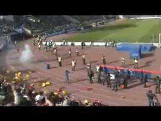 Футбольные Ультрас|Ultras Футбол для фанатов,а не для мусоров!Зенит-КС! драка с омоном