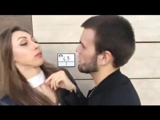 Девушка, я вас сейчас изнасилую