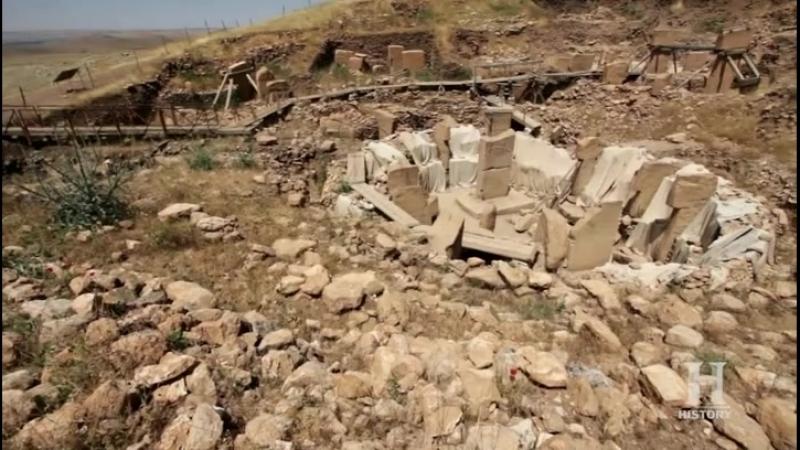 Ancient Aliens S12E16 ~ Return to Gobekli Tepe