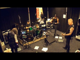 Metallica - Here Comes Revenge (Tuning Room, BUSCH STADIUM, St. Louis)