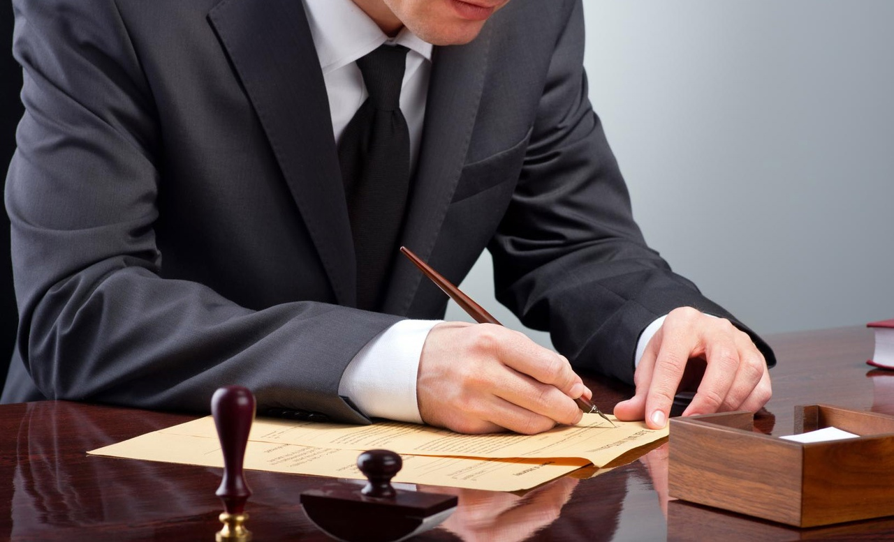 опытный адвокат по гражданским делам