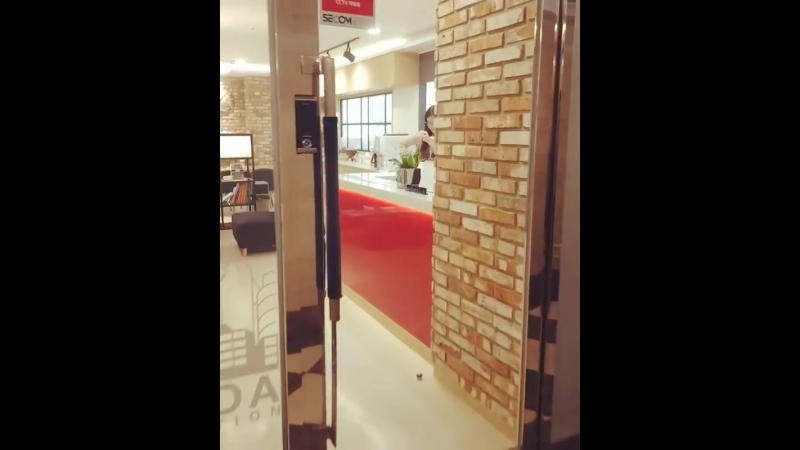 Офис Woori в Корее