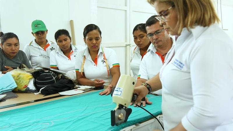 Колумбия сшивая сообща желанный мир