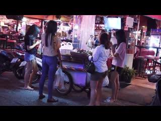 Pattaya girls daytime. lucky star beer bar pattaya