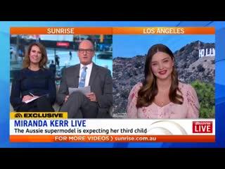 Aussie supermodel @mirandakerr chats about her @koraorganics clean beauty empire, marriage and motherhood!