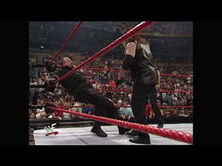 Wwf raw is war 19.06.2000 - undertaker vs big boss man & bull buchanan