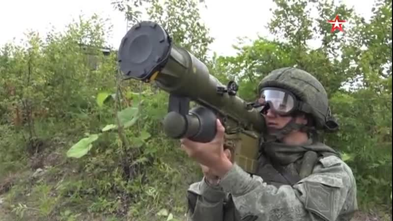 Вся мощь танков, боевых вертолетов и артиллерии, кадры самых масштабных учений в истории Сахалина