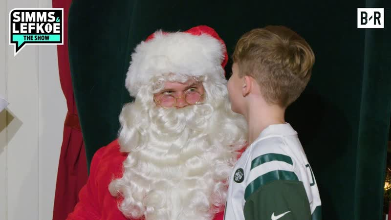 Jets QB Sam Darnold Goes Undercover as a Mall Santa -