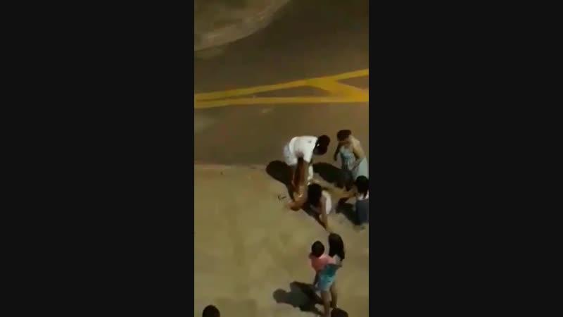 Grávida entra em trabalho de parto na rua após ser agredida por PM..